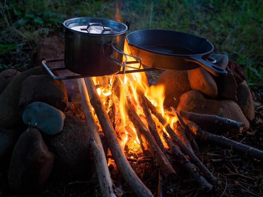 ソロキャンプの焚き火台
