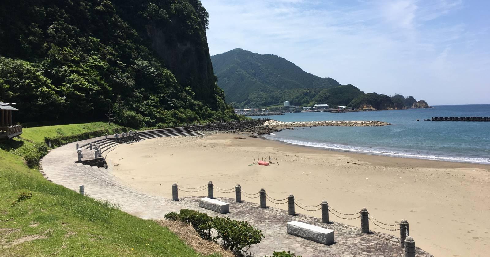 【静岡県】宇久須キャンプ場は海も温泉も近い!西伊豆を欲張りに楽しめる穴場スポット